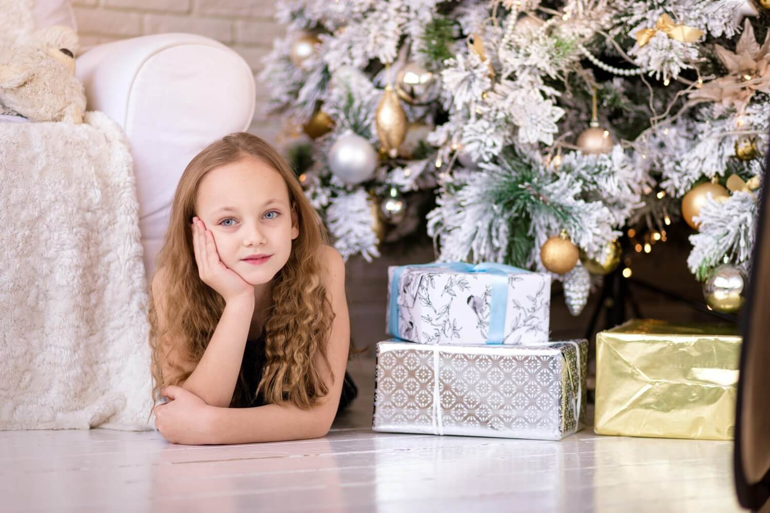 Best-Gifts-to-Buy-in-December-Christmas-sales